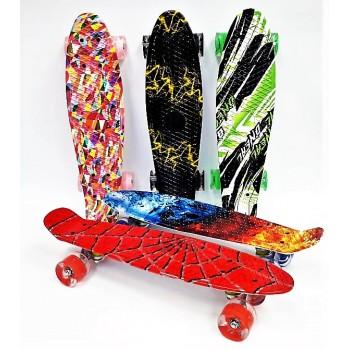 Скейтборд с принтом, колеса с подсветкой