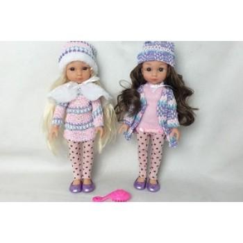 Кукла в шапочке с расческой в пакете